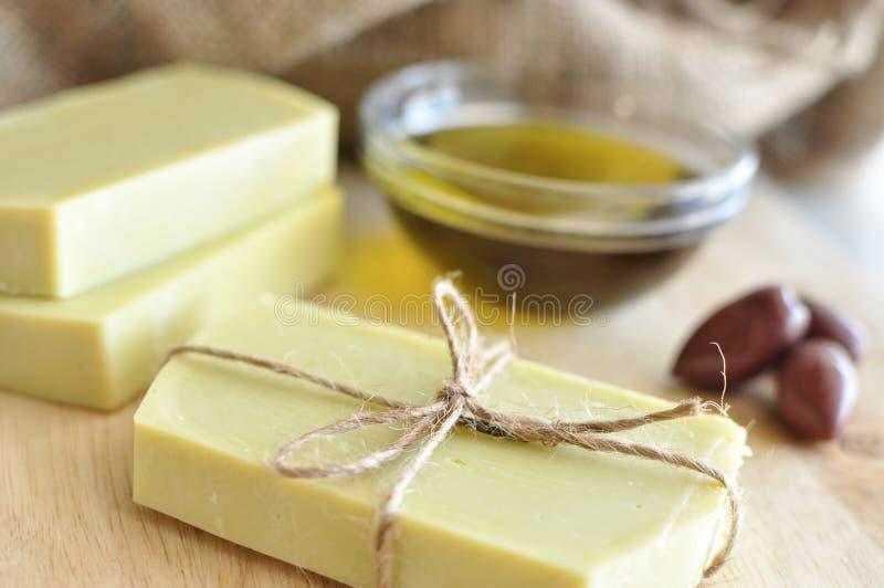 橄榄油手工制造肥皂 免版税图库摄影