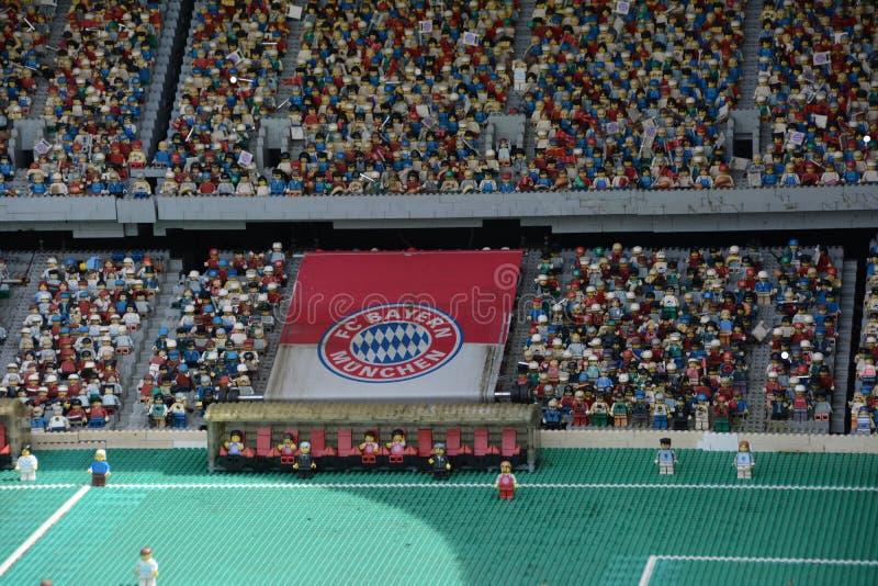 橄榄球场在慕尼黑由塑料lego块做了 免版税图库摄影
