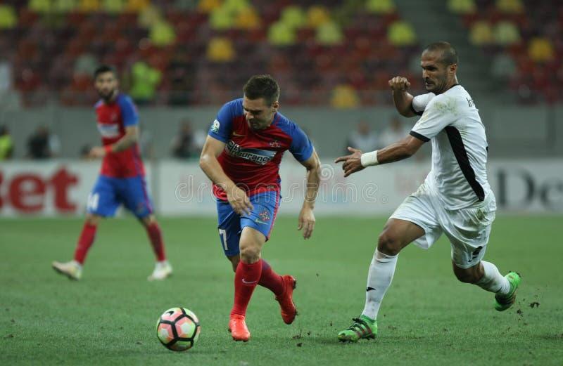"""橄榄球Romania's Liga 1†""""Steaua布加勒斯特对 阿斯特拉久尔久 库存图片"""