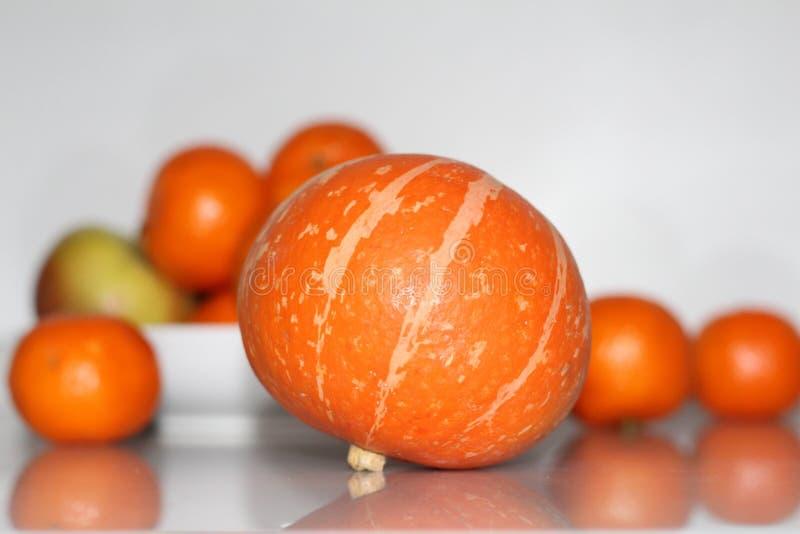 橙色南瓜表 图库摄影