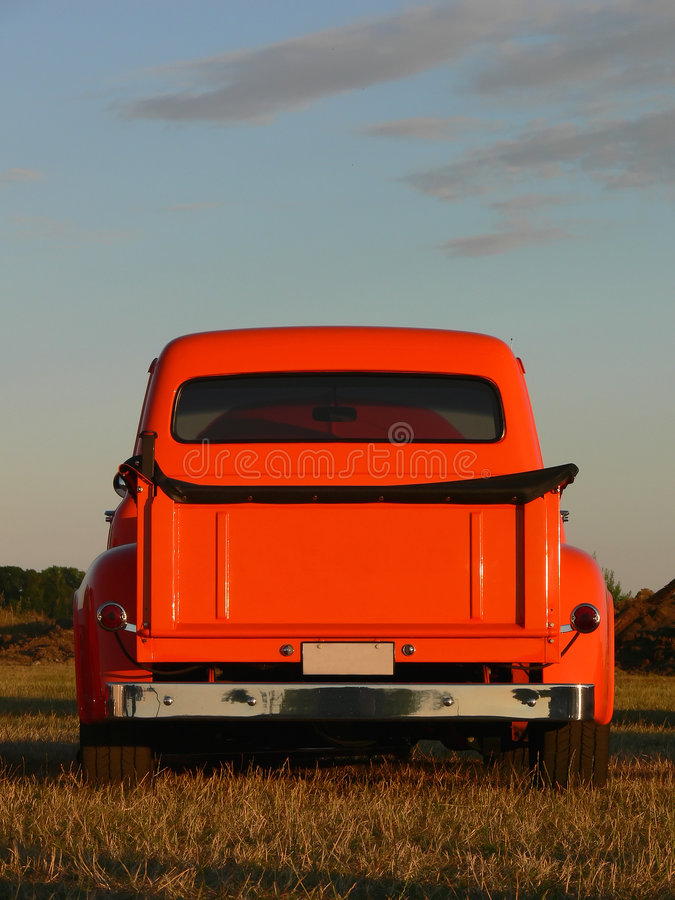 橙色挑库卡车 库存照片