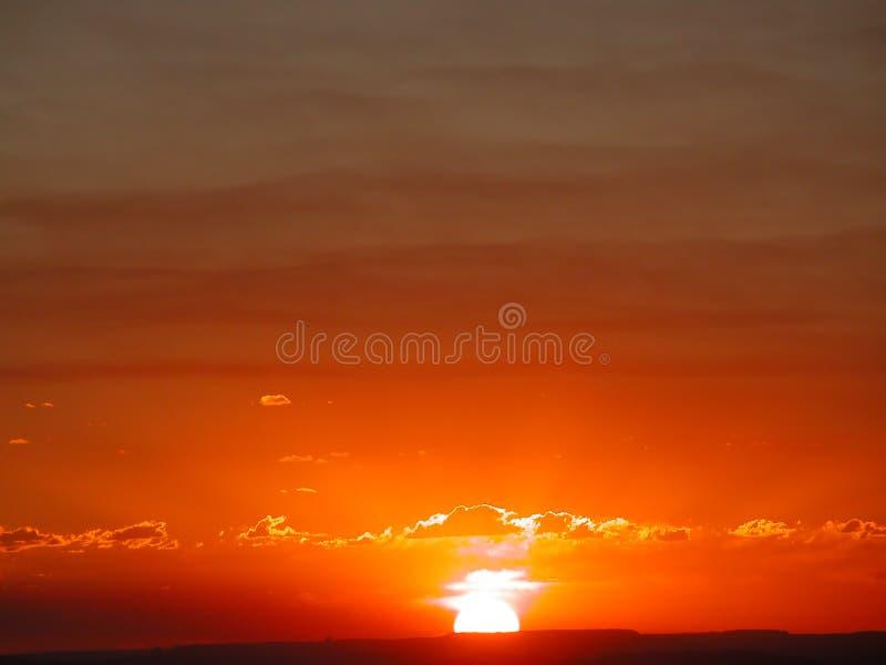 橙色日出 免版税库存照片