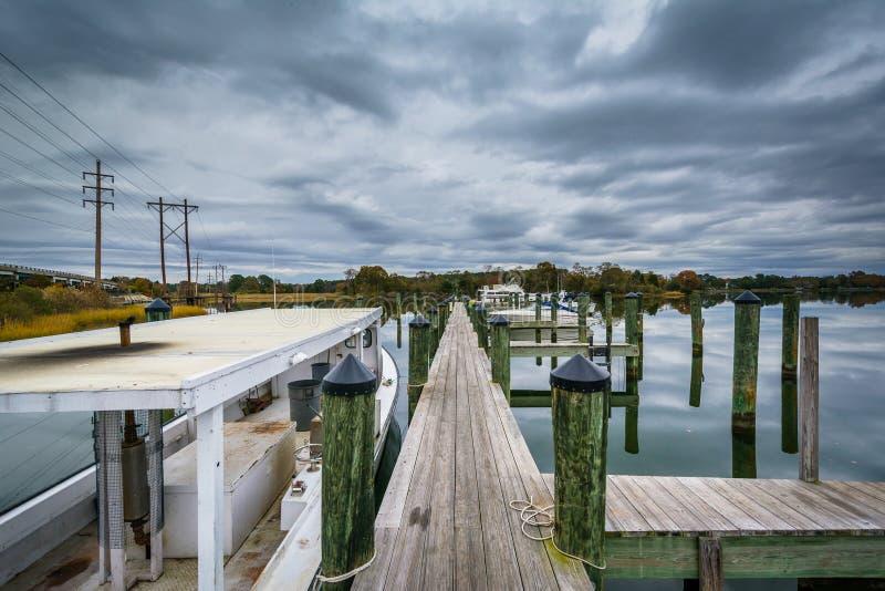 橡木小河着陆的船坞,在纽科姆,在圣Michaels附近, Maryl 图库摄影