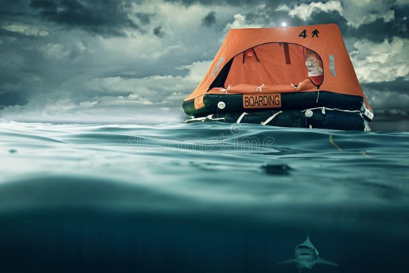 橡皮救生艇 库存照片