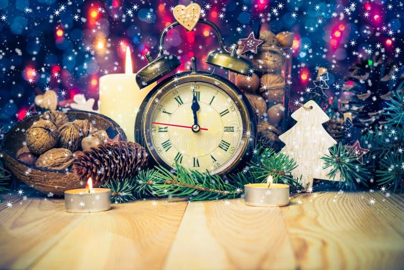 欢乐圣诞节时钟时间第十二个新年 库存照片