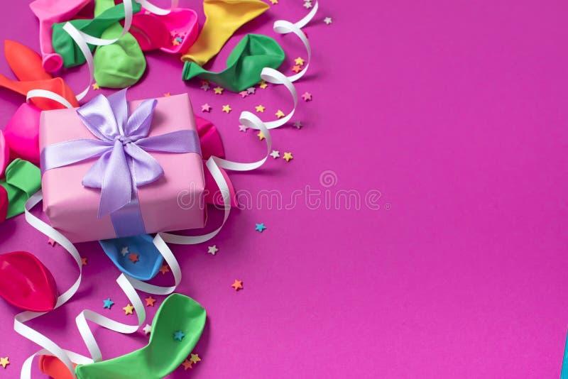 欢乐庆祝和装饰的背景装饰构成材料 免版税库存照片