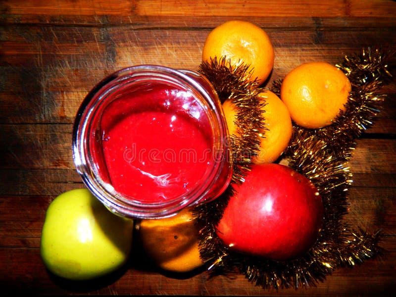 欢乐点心果酱用蜜桔和苹果 库存照片