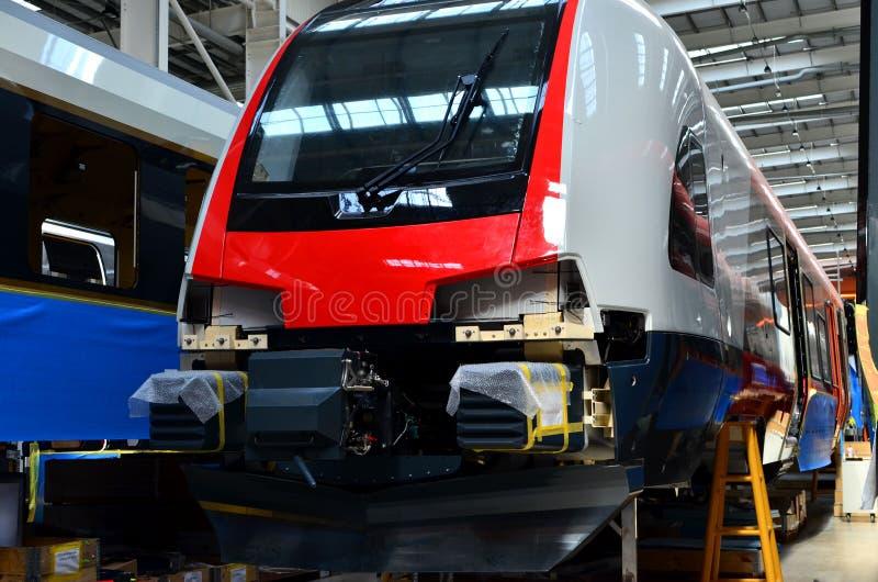 欧洲高速火车的生产的工业车间 免版税图库摄影