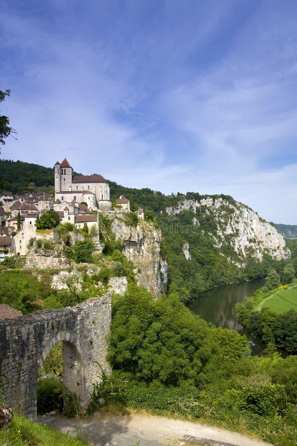 欧洲,法国,圣Cirq Lapopie,历史的clifftop村庄旅游胜地 库存图片