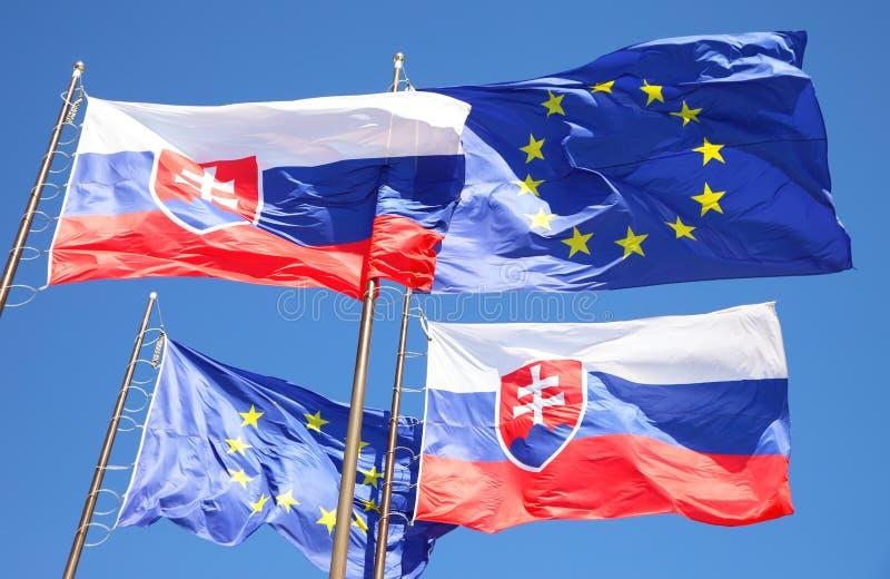 欧盟和斯洛伐克的旗子 库存照片