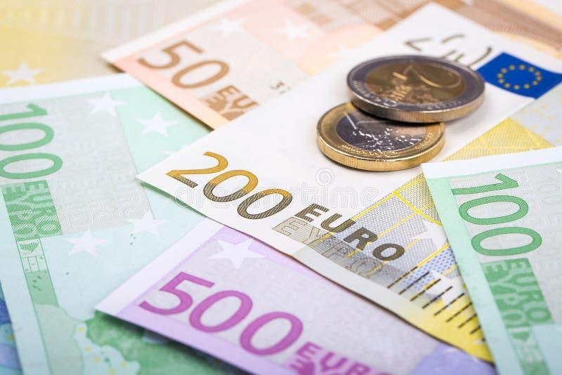 欧洲钞票和硬币特写镜头  免版税库存照片