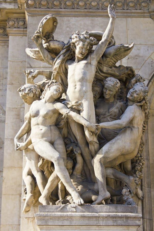 巴黎歌剧院雕塑-在Palais Garnier门面的雕塑  库存图片