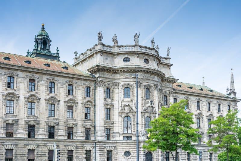 正义慕尼黑宫殿 免版税库存照片