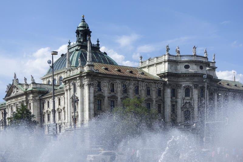 正义慕尼黑宫殿 库存图片