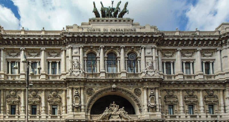 正义,罗马意大利宫殿  库存图片