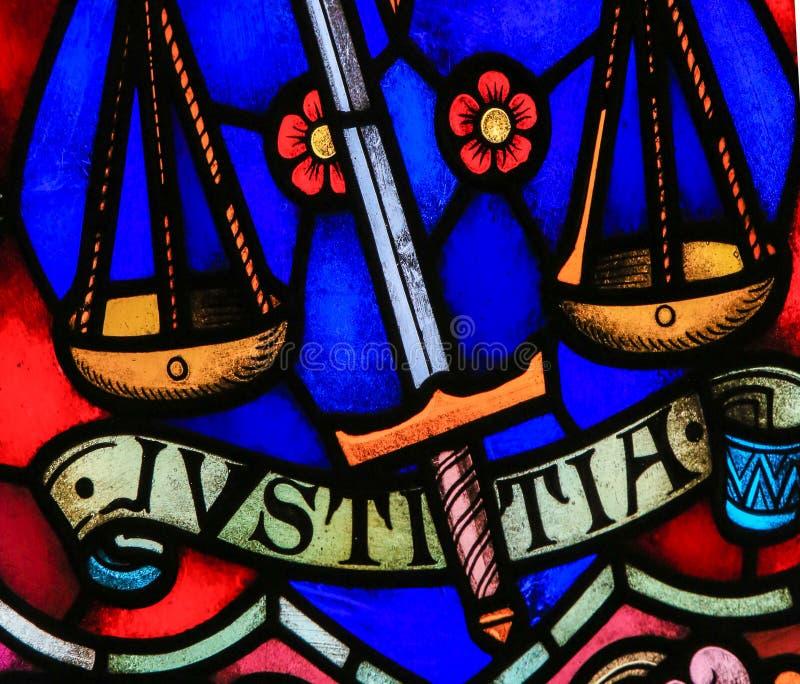 正义-彩色玻璃 皇族释放例证