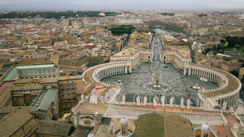 正方形的顶视图在罗马的中心在夏天 库存照片