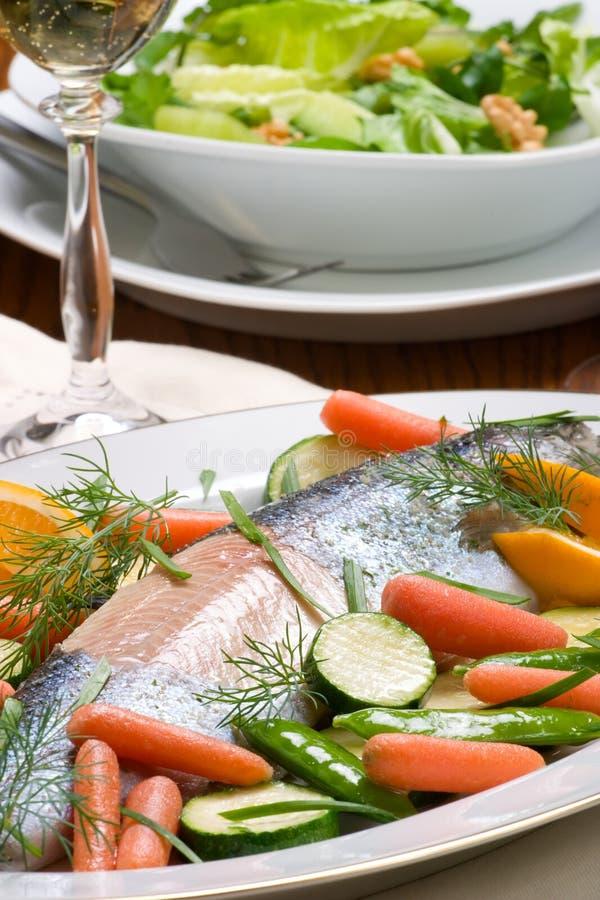 正餐鳟鱼 免版税库存照片