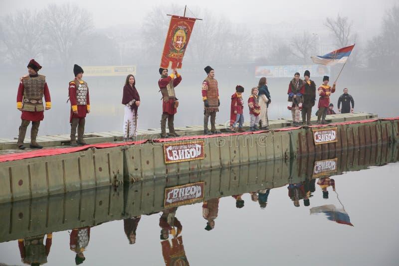 正统基督徒庆祝与传统冰游泳的突然显现 库存照片