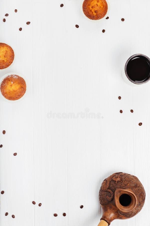 正派简单的框架早餐 库存照片