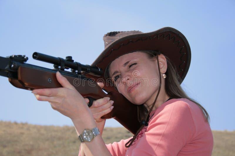 步枪妇女 免版税库存图片