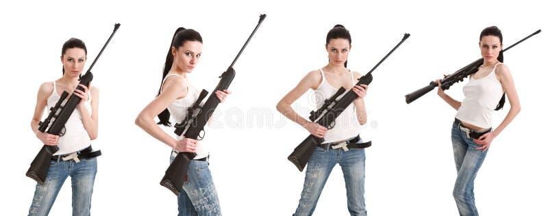 步枪性感的狙击手妇女年轻人 免版税库存照片