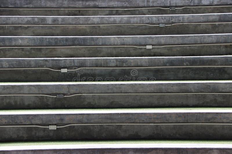 步灰浆楼梯或圆形剧场位子 免版税库存照片