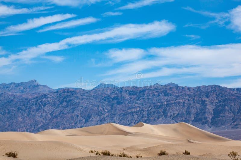 死亡谷沙漠沙丘的美景 免版税图库摄影