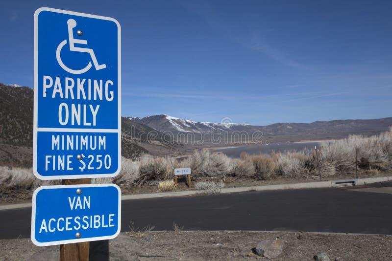 残疾停车符号 库存图片