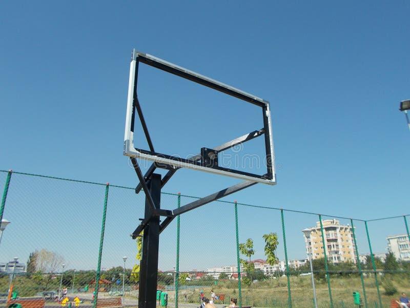 残破的篮球 图库摄影