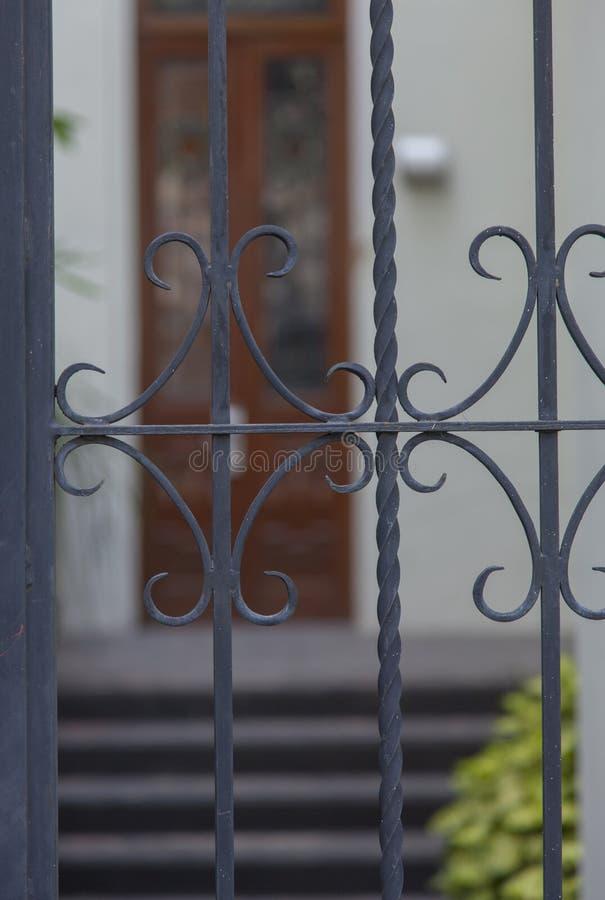 殖民地房子入口 免版税库存图片