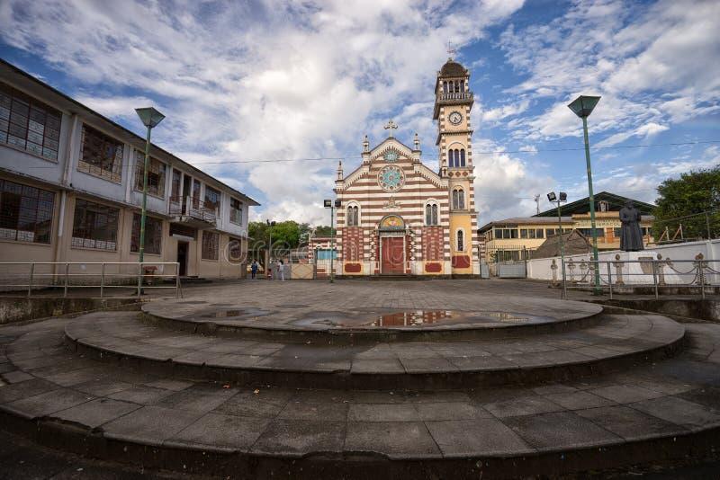 殖民地教会在阿齐多纳厄瓜多尔 库存图片