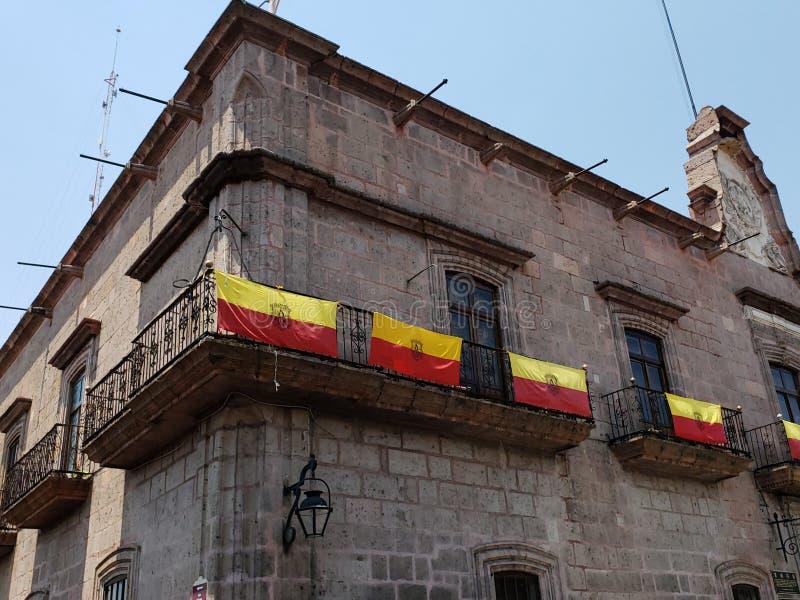 殖民地样式建筑学在墨瑞利亚,墨西哥  免版税库存图片
