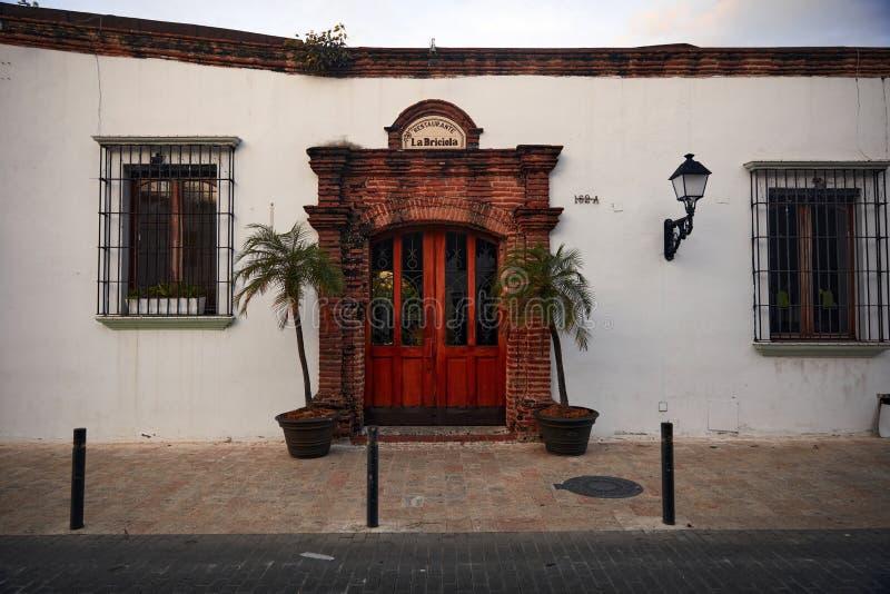 殖民建筑细节 多米尼加共和国圣多明各典型的殖民风格 库存照片