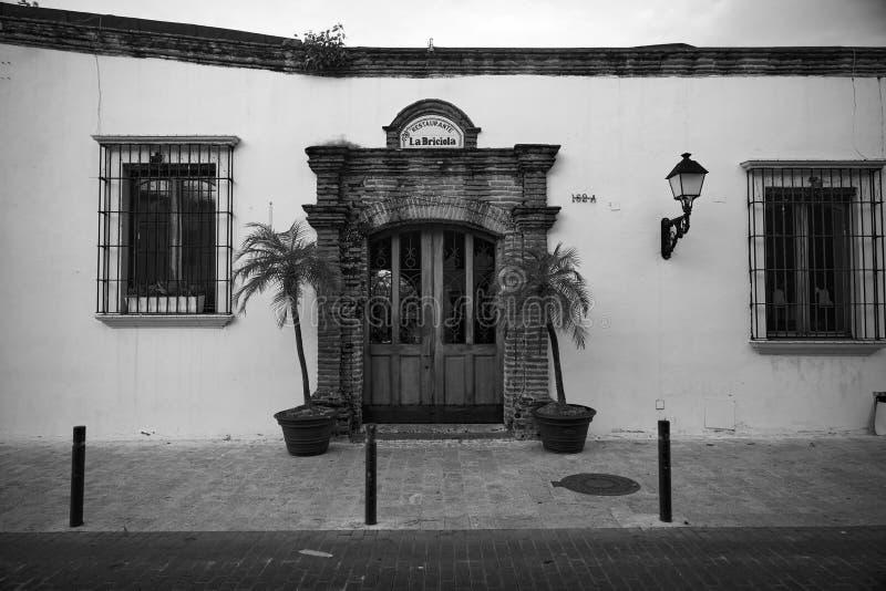 殖民建筑细节 多米尼加共和国圣多明各典型的殖民风格 免版税库存图片