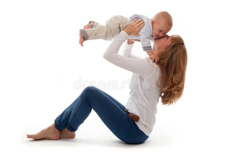 母亲和男婴 免版税图库摄影