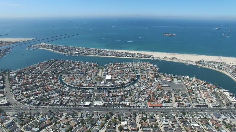 母亲海滩鸟瞰图  免版税图库摄影