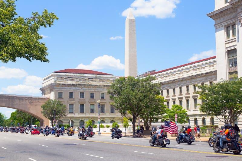 每年辗压雷摩托车乘驾 免版税库存照片