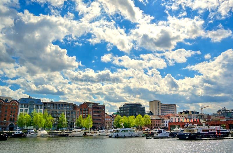 比利时安特卫普港 免版税库存照片