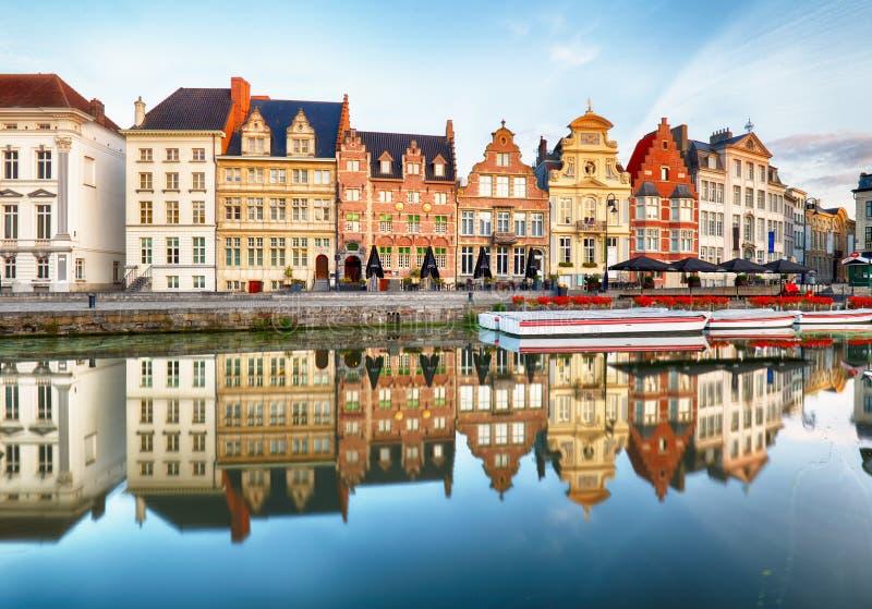 比利时绅士 日出在跟特的历史中心有mediev的 库存图片