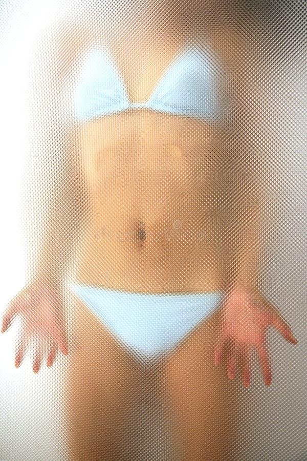 比基尼泳装女孩 免版税库存图片