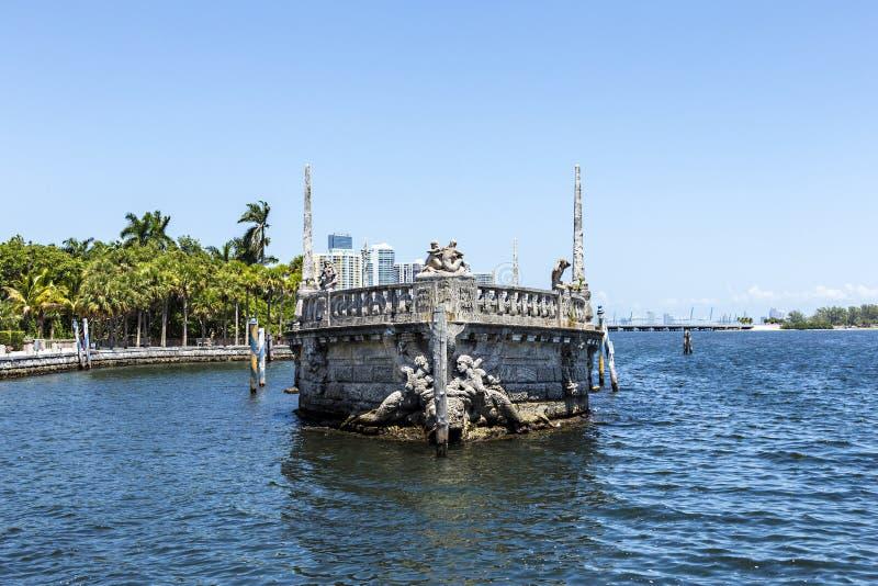 比斯卡亚, Floridas最盛大的住所在蓝天下 免版税库存图片