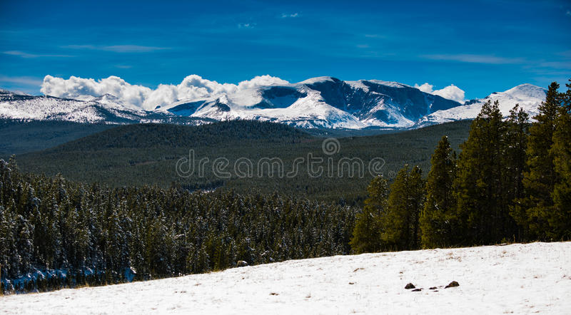 Download 比格霍恩山脉怀俄明 库存图片. 图片 包括有 风景, 本质, 国家, 地形, 天空, 场面, 大面包, 浩大 - 72368993