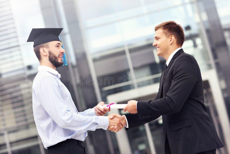 毕业典礼的学生 免版税库存照片