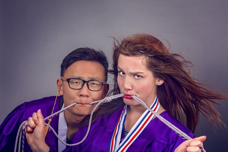 毕业夫妇 免版税库存图片