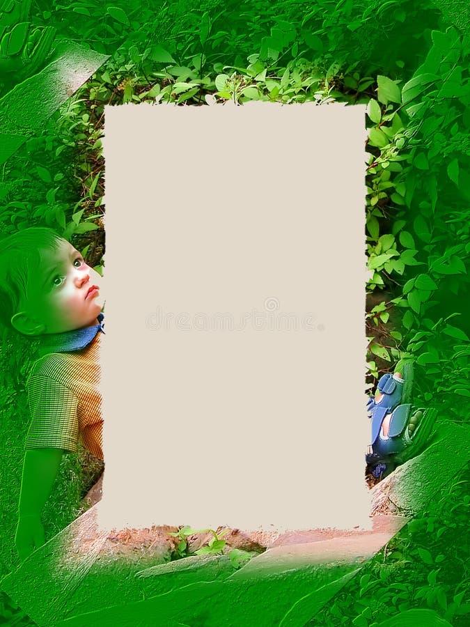 毗邻男孩绿色 免版税库存图片