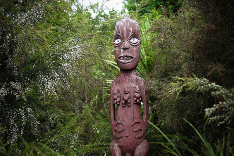 毛利人雕刻从新西兰 库存照片