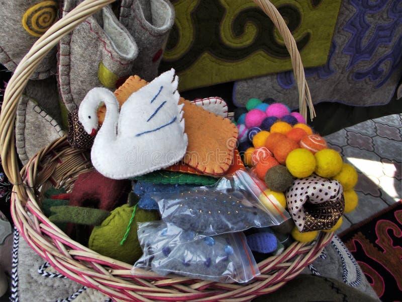毛毡产品由羊毛制成 玩具和装饰 库存照片