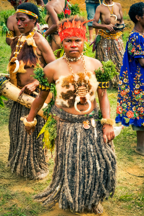 毛皮服装在巴布亚新几内亚 免版税库存照片