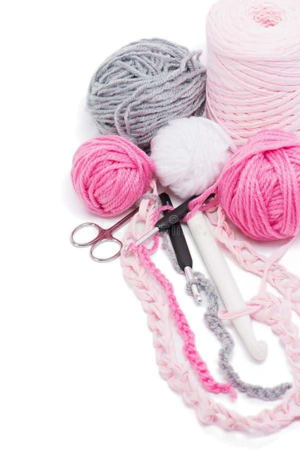 毛线和钩针 免版税库存照片